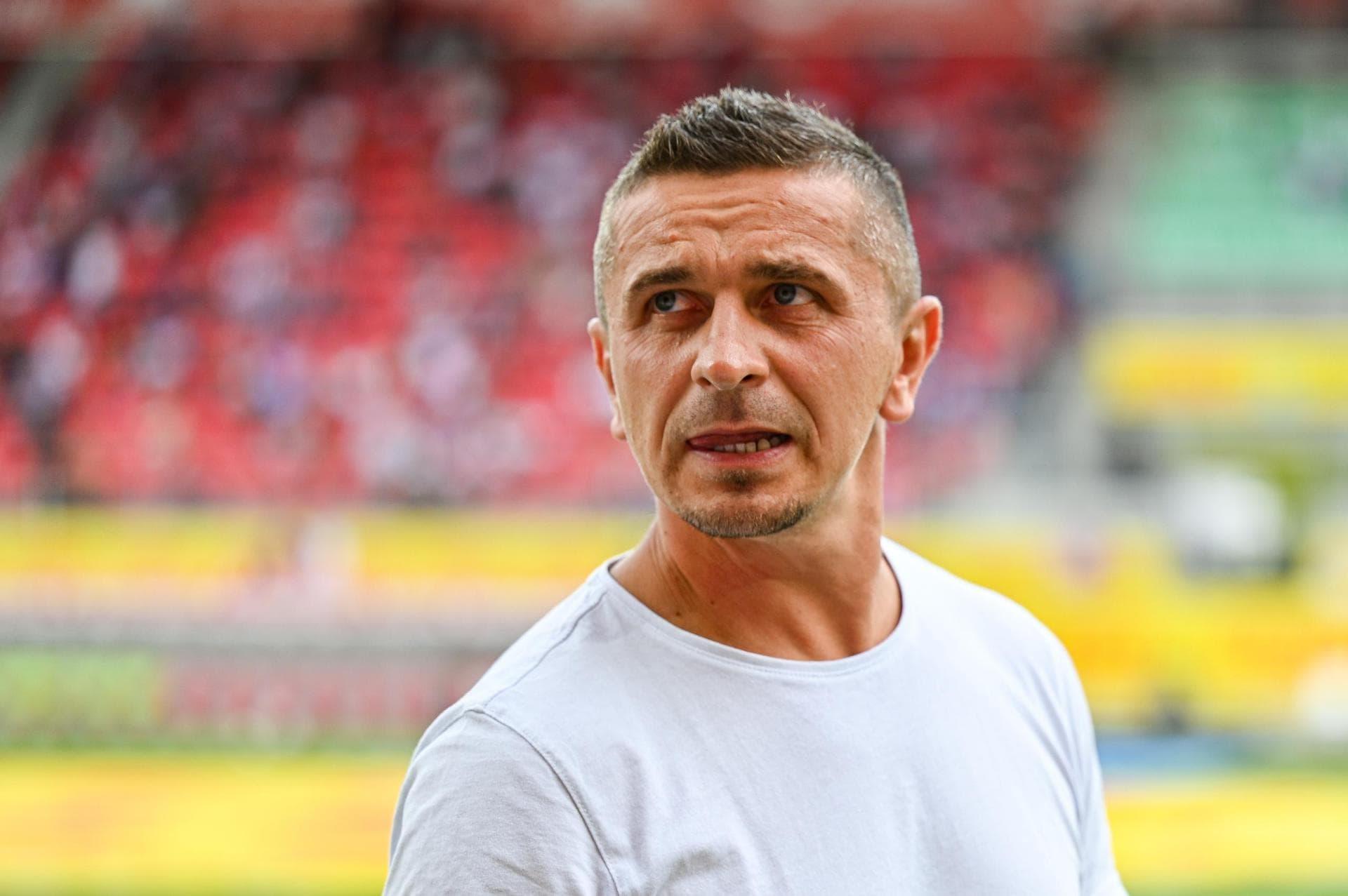 """""""Wir müssen ans Leistungslimit gehen"""" Jahn-Trainer Mersad Selimbegovic warnt vor dem nächsten Gegner Fortuna Düsseldorf"""
